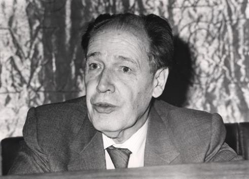 Juan Linz.